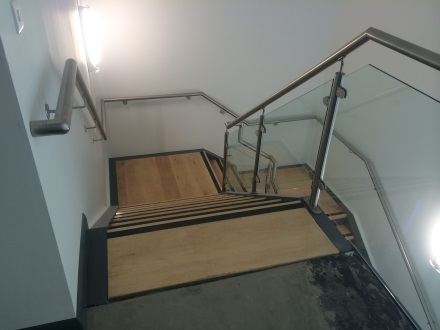 glass balustrade on office stairwell
